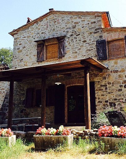 Collonzolo holiday country house